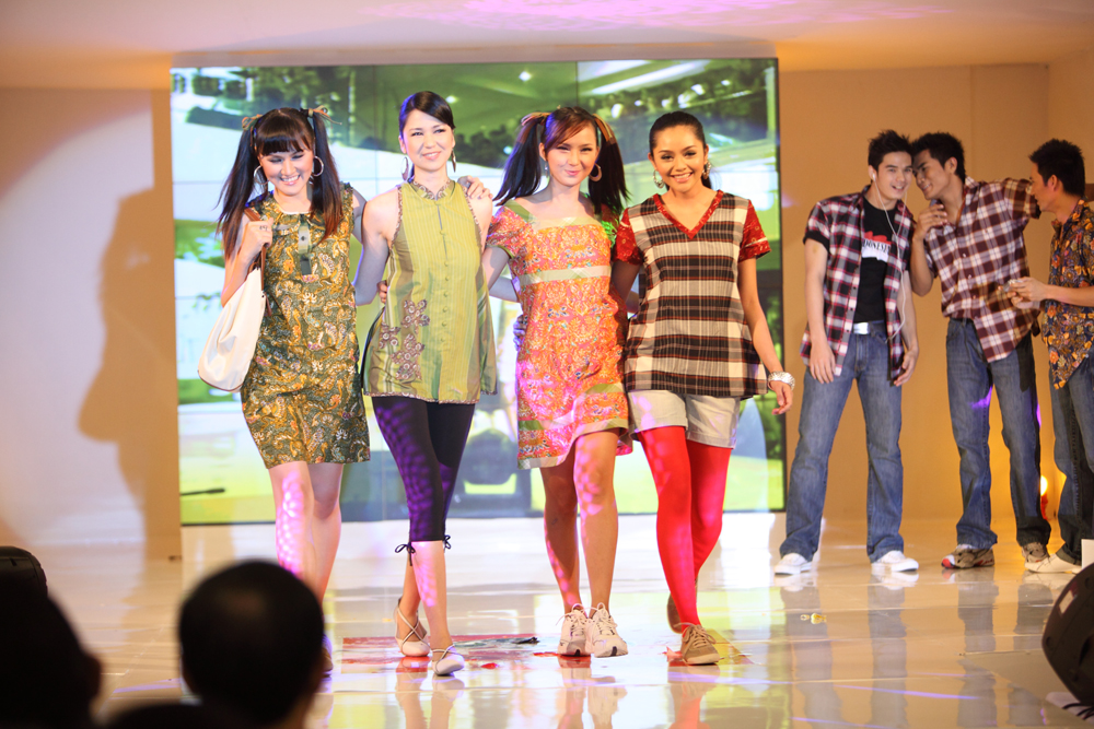 Fashion Show Sejuta Kharisma